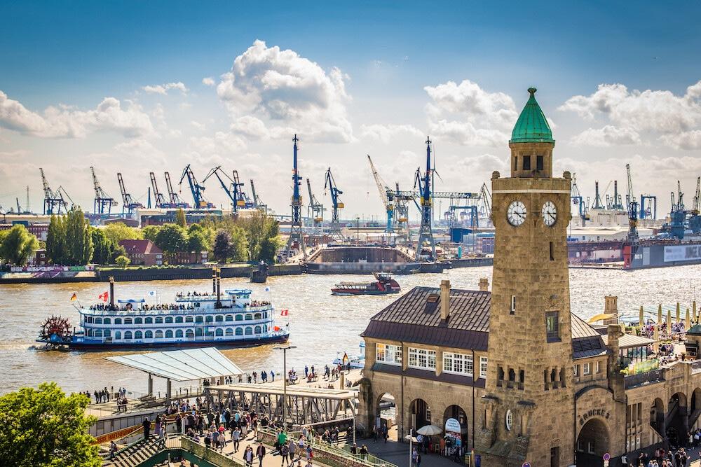 Tournoi de football à Hambourg avec visite du port de Hambourg