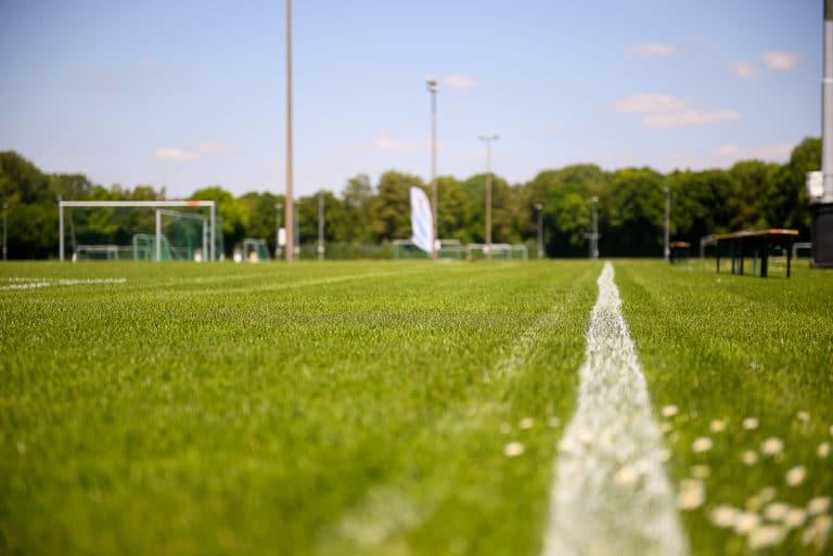 Tornei di calcio in un impianto sportivo con campi eccellenti