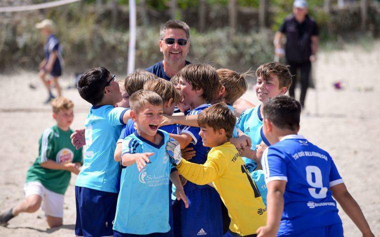 Teams (6)